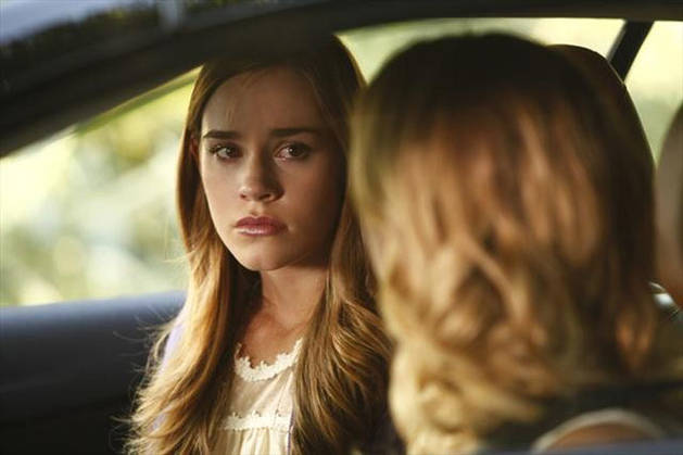 Will Revenge's Emily Thorne and Charlotte Grayson Team Up? Actress Christa Allen Tells All!