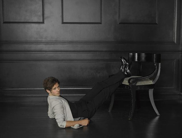 """Revenge's Connor Paolo Talks Declan Porter's Fate: """"I Would Be Honored"""" to Be Killed Off"""