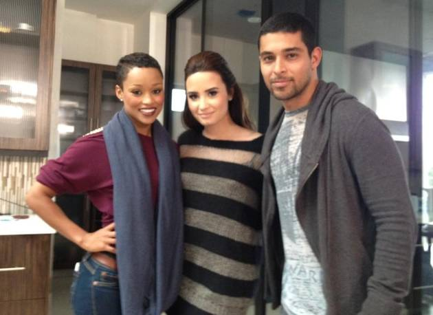 Demi Lovato Introduces Wilmer Valderrama to X Factor Mentees! (PHOTO)
