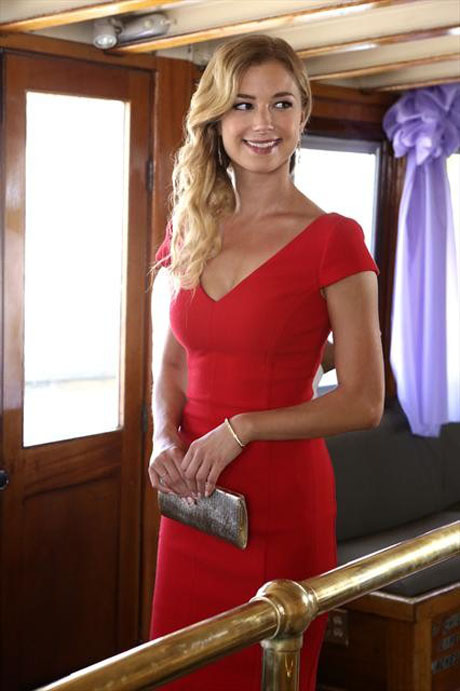 5 Things Revenge's Emily Thorne Should Be Thankful For This Year