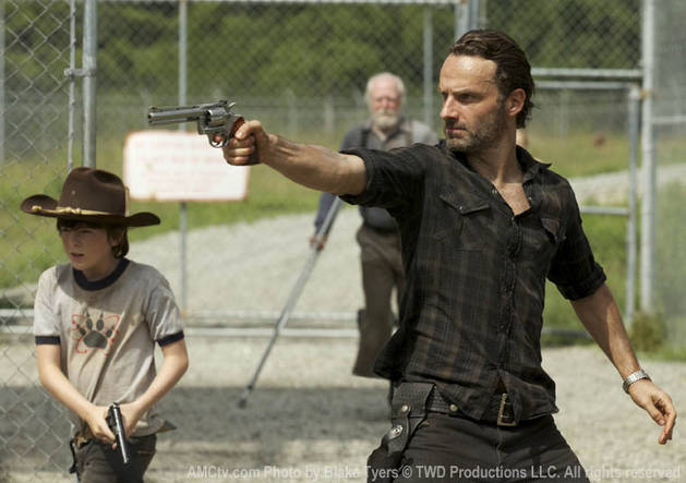 "The Walking Dead Season 3 Spoilers For Episode 7: ""When the Dead Come Knocking"" Is One of Showrunner's Favorites"