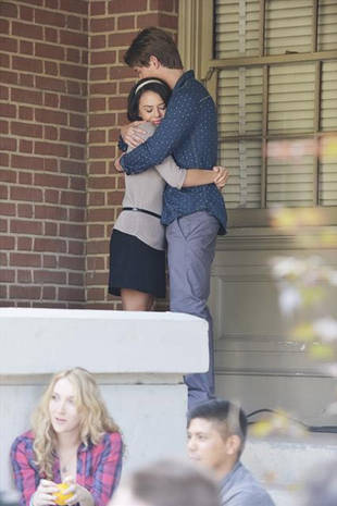 Pretty Little Liars Spoilers: Why Is Mona Hugging [SPOILER]?! (PHOTO)