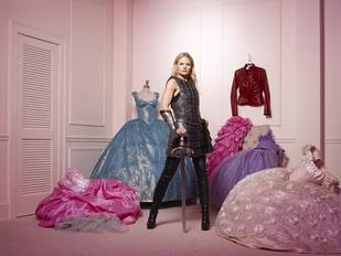 Who Does Emma Belong With on Once Upon a Time? You Tell Us!