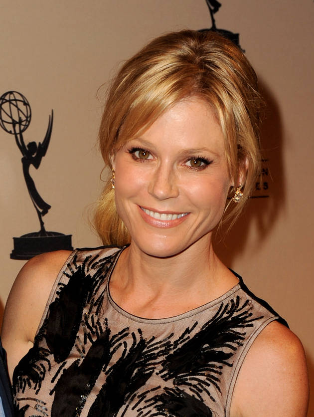 Julie Bowen Shares Serious Allergy Story After Son Combined Peanut Butter and a Bee Sting