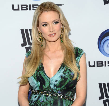 Pregnant Holly Madison Reveals Weight Gain, Says Playboy Days Are Over