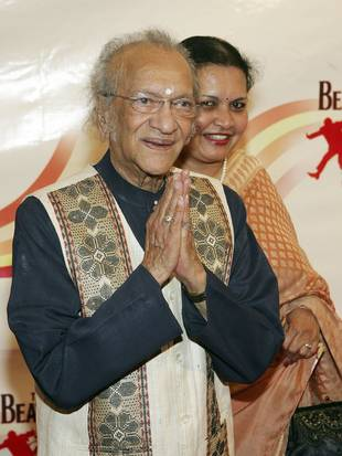 Legendary Sitar Player Ravi Shankar, Father of Norah Jones, Dies at Age 92