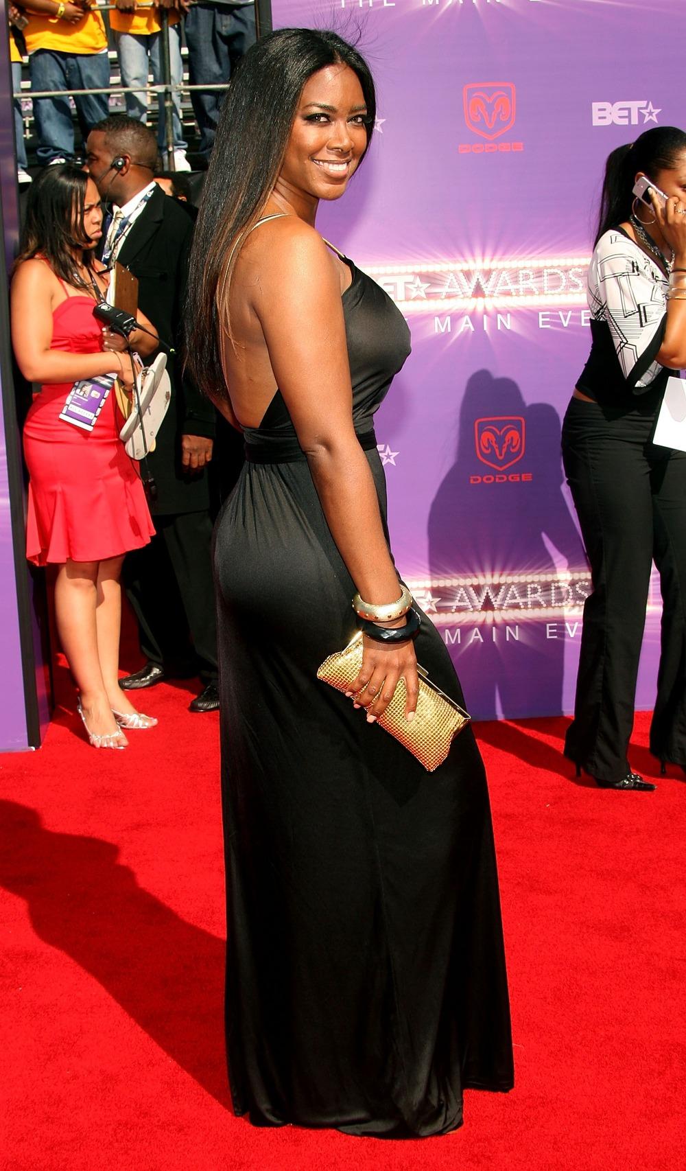 "Kenya Moore Questions Porsha Stewart's Intelligence: ""It's Actually Very Sad …"""
