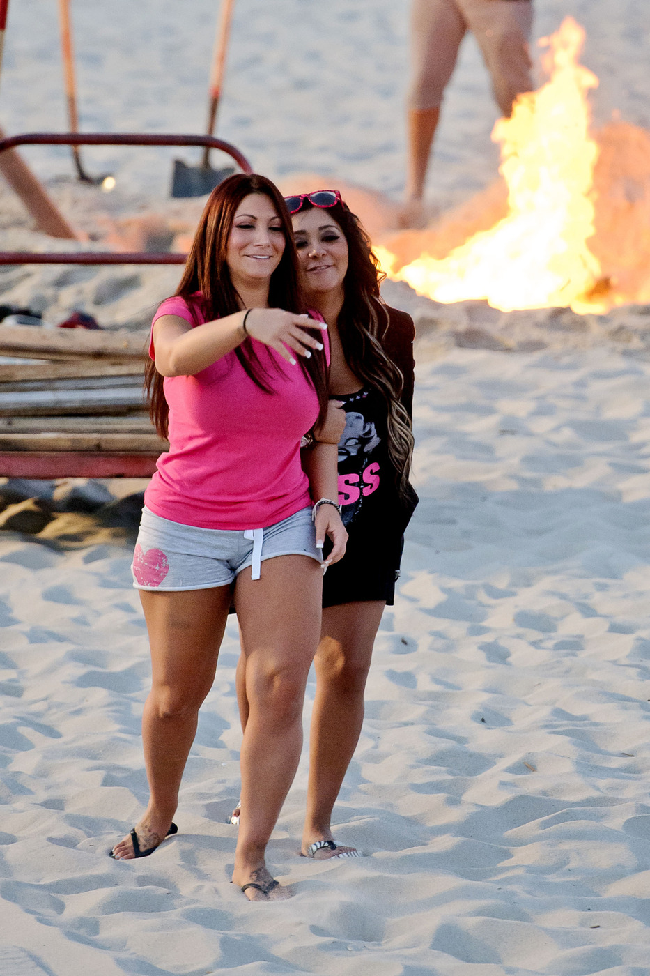 New Details: Jersey Shore Closed Off Seaside Beach for Hours to Film Farewell Bonfire – Exclusive