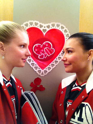 Does Glee Have a Double Standard for Gay Relationships?