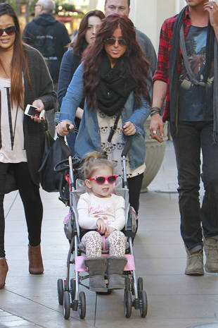 Aubree Houska Steals the Spotlight From Her Mom: Check Out the Stylish Toddler! (PHOTO)