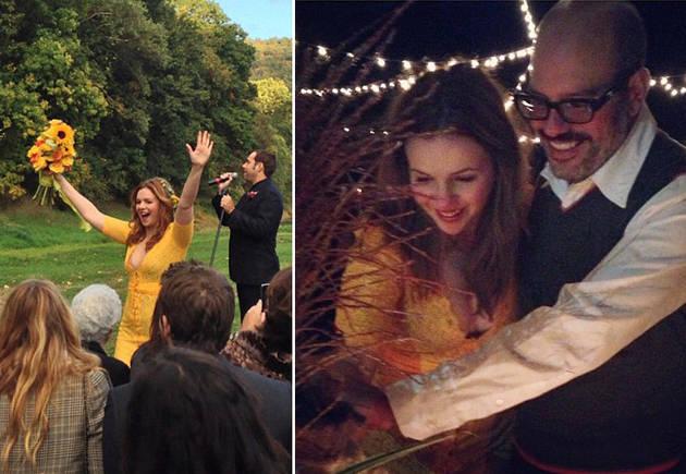"Amber Tamblyn Describes ""Marigold"" Dress For Barefoot Wedding"