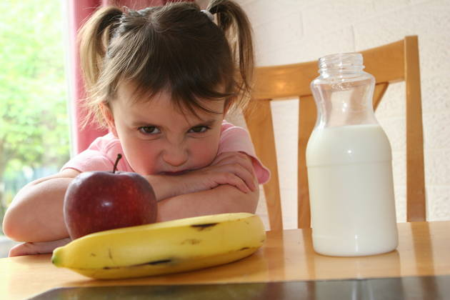 4 Ways to End Your Child's Picky Eating Habits