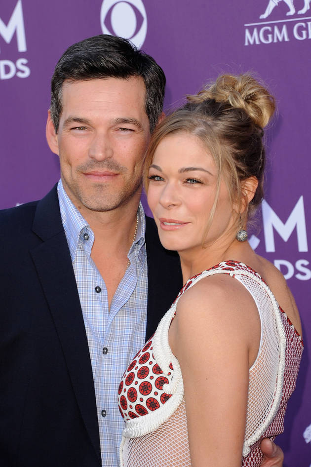"LeAnn Rimes Cries Over ""Hurt"" Caused When She and Eddie Cibrian Divorced Spouses For Each Other"
