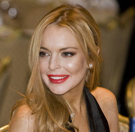 Lindsay Lohan Unexpectedly Shows Up Backstage at ANOTHER Concert by The Wanted!