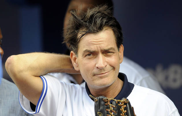 "Charlie Sheen Defended For Calling Audience ""F-ggot A–holes"""