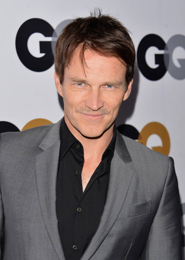 Is Stephen Moyer in The Walking Dead?