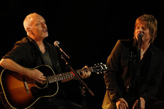 "Peter Frampton Talks ""Hitting it Off"" with Terry McDermott, Comments on Emblem3's Rendition on The X Factor"