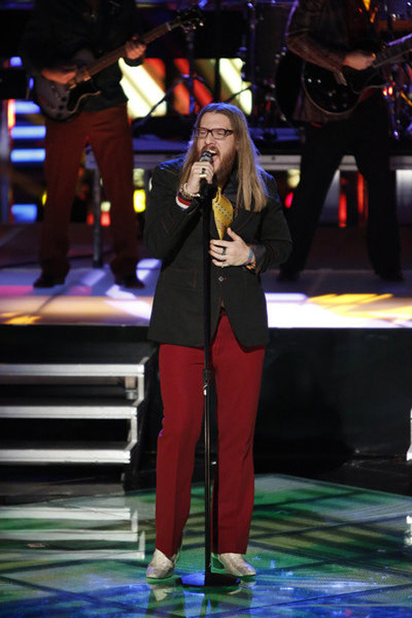 "Watch Nicholas David Sing Earth Wind & Fire's ""September"" on The Voice Season 3 Live Show, Dec. 3, 2012 (VIDEO)"