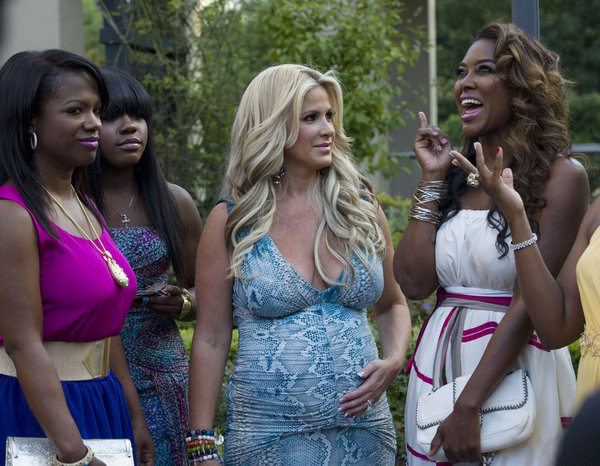 Did Kim Zolciak Dump All of Her Friends? She Says … (VIDEO)