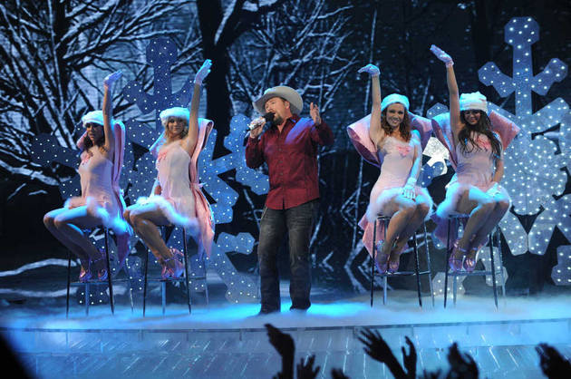 5 Biggest WTF Moments From The X Factor 2012 Finale