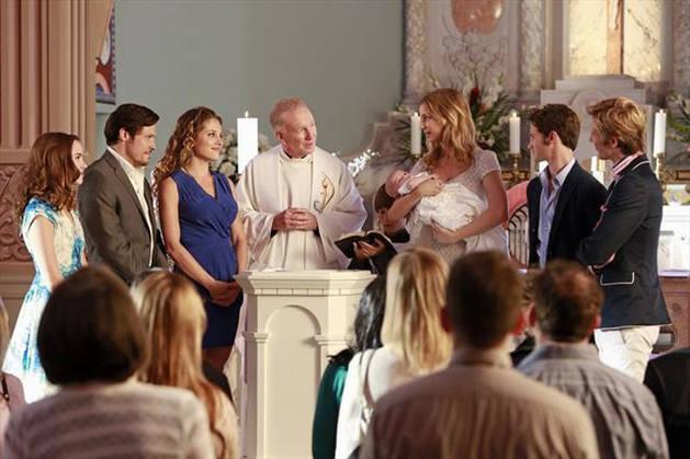 Revenge Season 2: Why Is Emily Thorne Carl David's Godmother?
