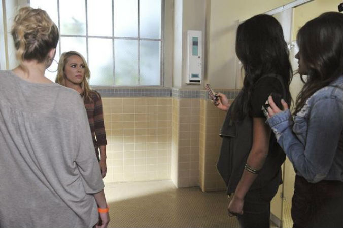 """Pretty Little Liars Spoiler Roundup: Everything You Need To Know About Season 2, Episode 19: """"The Naked Truth"""""""