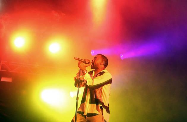 Kanye West Wins Three 2012 Grammys Including Best Rap Album