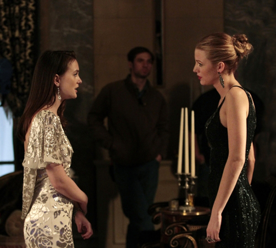 Gossip Girl's Blair Vs. Serena — Whose Side Are You On? (POLL)