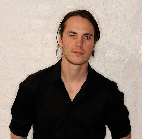 """Taylor Kitsch Talks About Being in Love With Blake Lively in """"Savages"""""""