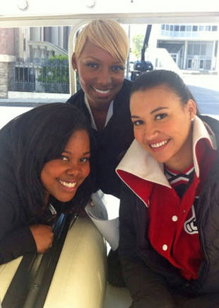 NeNe Leakes is Back on Glee! Coach Roz Chills With Santana, and Mercedes (PHOTO)