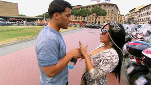 Snooki Describes Her Ultimate Guido Wedding: Zebra Carpets & Hot Pink Dresses