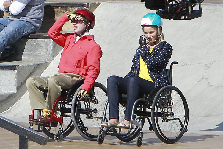 Glee Spoiler: Will Quinn and Artie Date in Glee Season 3?