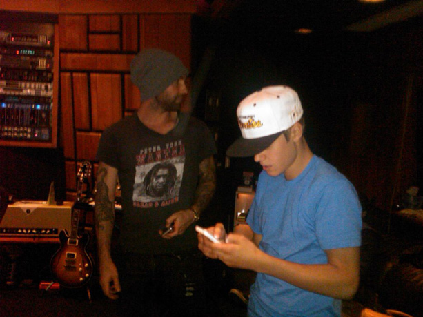 The Voice Coach Adam Levine to Collaborate With Justin Bieber?