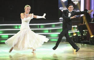 """Roshon Fegan & Chelsie Hightower """"Disappointed"""" By Harsh DWTS Rumba Comments"""