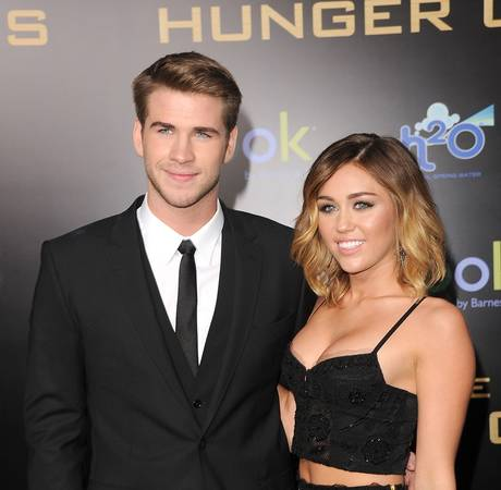 "Chris Hemsworth: ""I Can't See"" Miley Cyrus and Liam Hemsworth Getting Engaged"