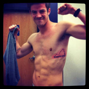 Shirtless Grant Gustin Shows Off His Abs — And His New Tattoo (PHOTO)