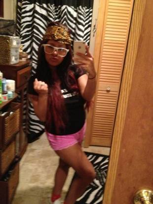 "Watch Out! Pregnant Snooki Will ""Cut a Bitch"" (PHOTO)"