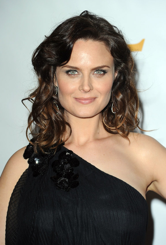 Emily Deschanel To Be Honored For Her Animal Rights Advocacy