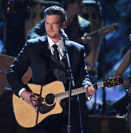 "Blake Shelton to Perform New Single ""Over"" on The Voice Tonight, April 30"