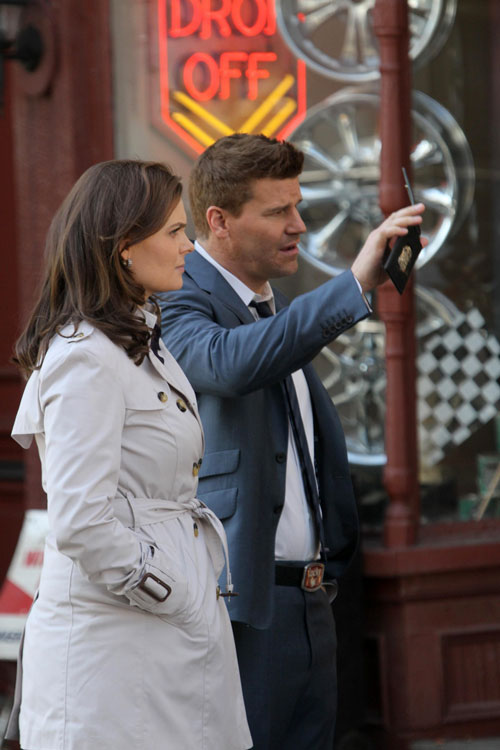 "Recap Of Bones Season 7, Episode 10 ""The Warrior In The Wuss"""