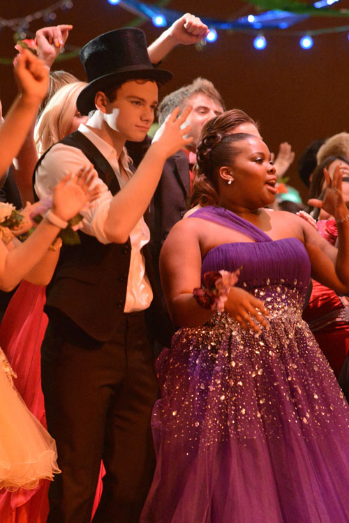 "Watch! All The Song Performances From Glee Season 3, Episode 19: ""Prom-asaurus"" (VIDEOS)"