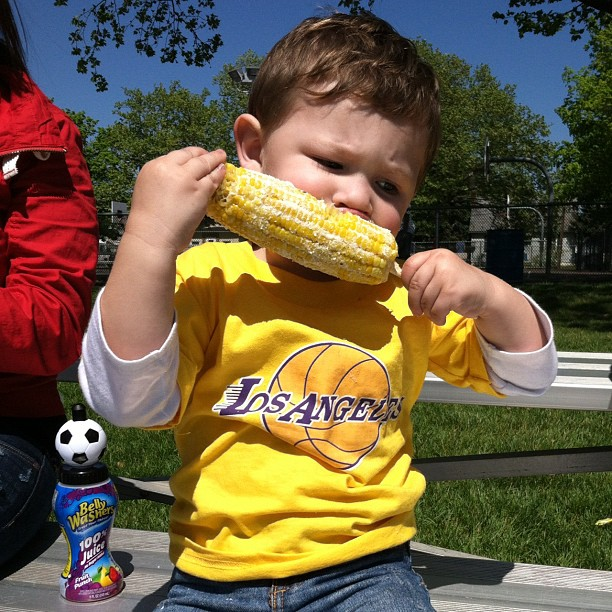 Cute Teen Mom Pic of the Day: Isaac Chows Down on Corn