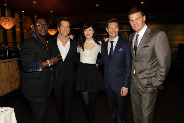 David Boreanaz Hangs with Zooey Deschanel and More FOX-y Celebs — Cute Pic of the Day!