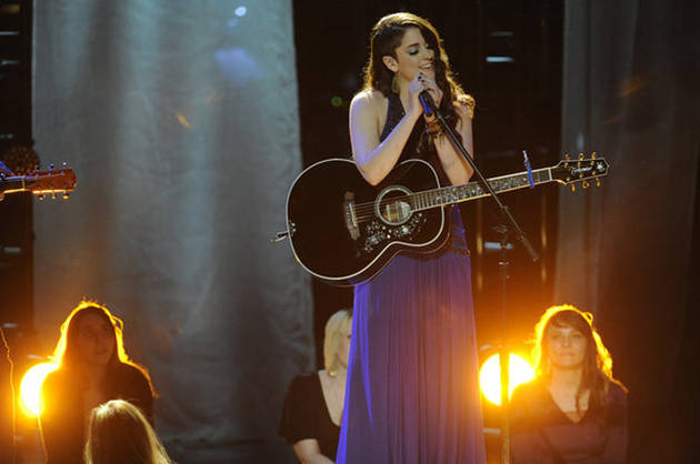 """Watch Lindsey Pavao Sing """"Skinny Love"""" on The Voice Season 2, April 30, 2012 (VIDEO)"""