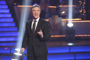 """Tom Bergeron Excited for """"Charismatic"""" Non-Winners to Compete on DWTS All-Stars"""