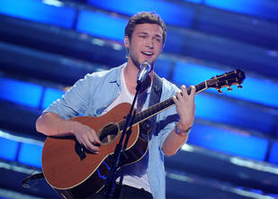 Phillip Phillips May Not Need Surgery, Healthy Enough to Tour: Report
