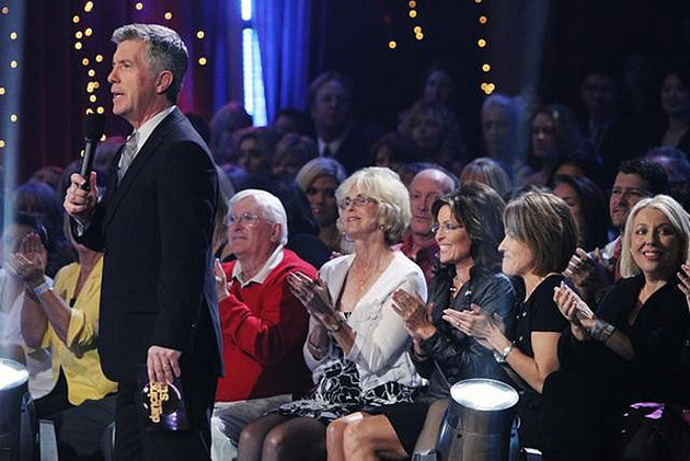 2012 Critics' Choice TV Awards List of Winners (Congrats to Tom Bergeron, Cat Deeley and The Voice)