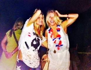 Former DWTS Pro Julianne Hough Parties With Fergie on July 4
