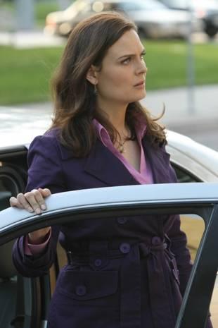 """Bones Season 8 Spoilers: Booth Is """"Furious"""" — Plus Nine More Super-Juicy Teasers!"""