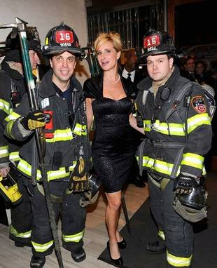 RHONY's Sonja Morgan Poses With Two Hot Men in Uniform (PHOTO)